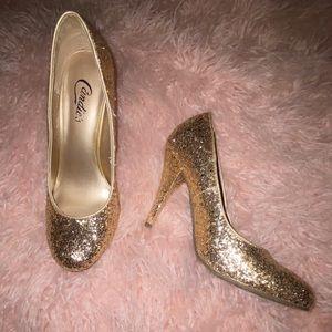 ❤️ BUNDLE 3 for $20 ❤️New* Sparkly Gold Heels